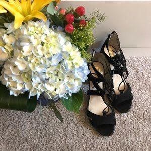Like new condition black heels